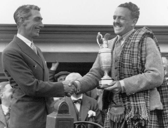 The Open Championship hồi sinh: Tommy Armor (trái) vô địch The Open 1931, là golfer bản xứ cuối cùng đăng quang khi giải diễn ra ở Scotland cho đến khi Paul Lawrie ẵm cúp năm 1999