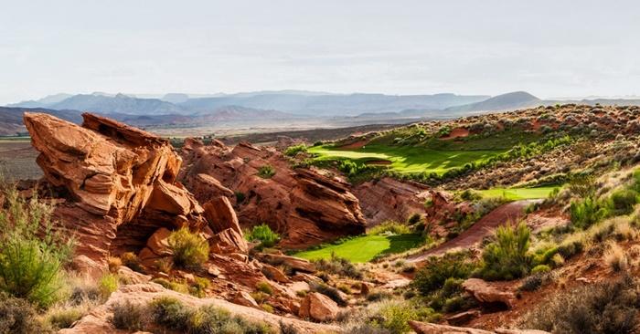 Sân golf sa mạc Sunbrook bổ sung cảnh quan mặt nước vào bức tranh tuyệt đẹp