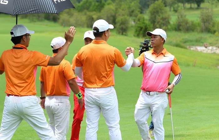câu lạc bộ golf G&L 92 - 95