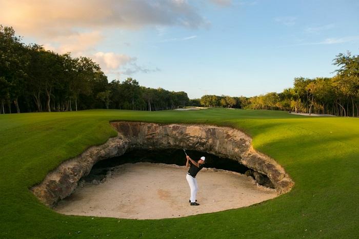 kỹ thuật đánh golf từ hố cát