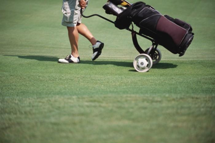 Bỏ túi ngay danh sách đồ dùng du lịch golf cần thiết