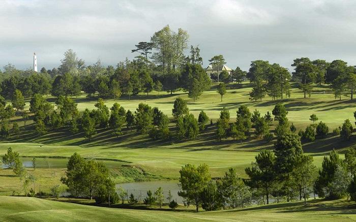 Sân golf Đà Lạt Palace.