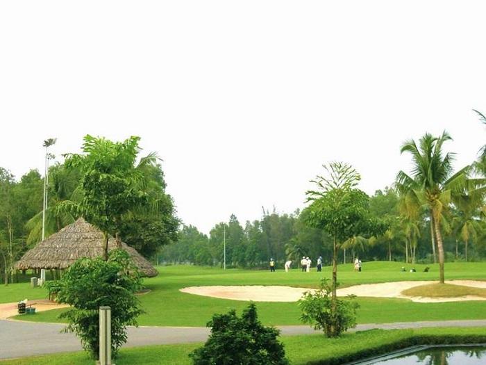 Một góc của sân golf sông Bé Bình Dương