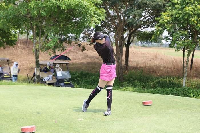 Trải nghiệm thể thao đẳng cấp tại sân golf Harmonie Golf Park