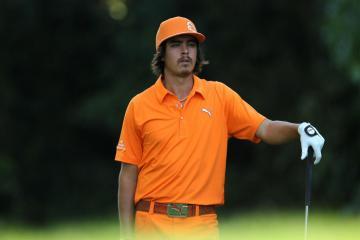 Những cú đánh quyết liệt nhất của Rickie Fowler tại PGA TOUR
