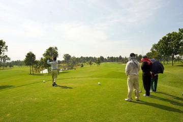 'Đưa nhau đi trốn' tới Vietnam Golf & Country Club - nơi bình yên xa phồn hoa đô thị