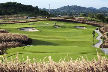 Bỏ túi những địa điểm du lịch golf Pattaya - Xứ sở đầy nắng và gió