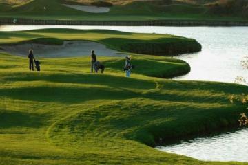 Du lịch golf Paris: Những sân golf xứng danh 'kinh đô ánh sáng'