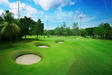 Sân golf Padang Golf Modern - Mang đến trải nghiệm giá tốt cho chuyến du lịch Indonesia