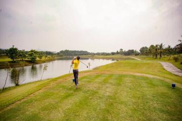 Có gì tại sân golf Hà Nội nức danh khu vực phía Bắc?