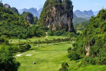 Chinh phục sân golf Phượng Hoàng giữa lòng thiên nhiên kì vĩ