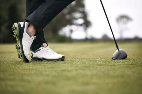 Giới thiệu 6 hãng giày golf hàng đầu thế giới hiện nay được nhiều golf thủ lựa chọn