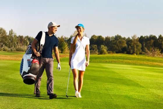 Những kinh nghiệm mang gậy golf khi đi du lịch cần đóng gói theo