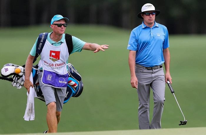lời khuyên về đồ vật mang theo trong túi chơi golf