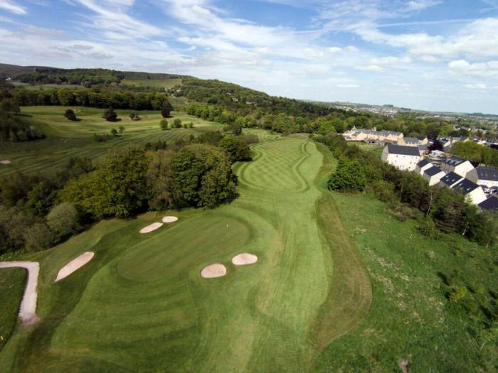 Làm sao để chơi golf miễn phí? Nghe không tưởng nhưng hoàn toàn có thể