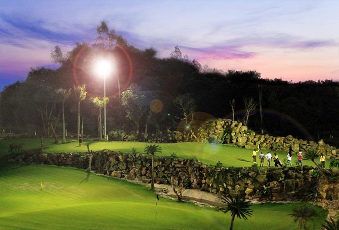Sân golf Asean Resort Thạch Thất Hà Nội