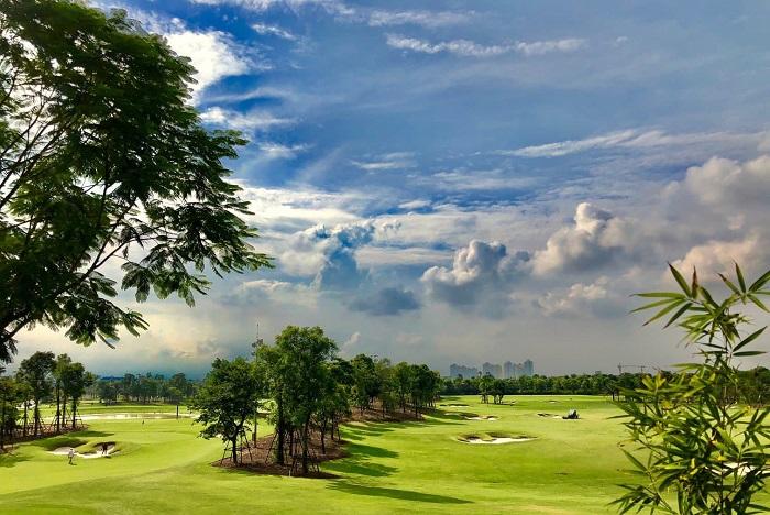 Khám phá sân golf Ecopark Hưng Yên