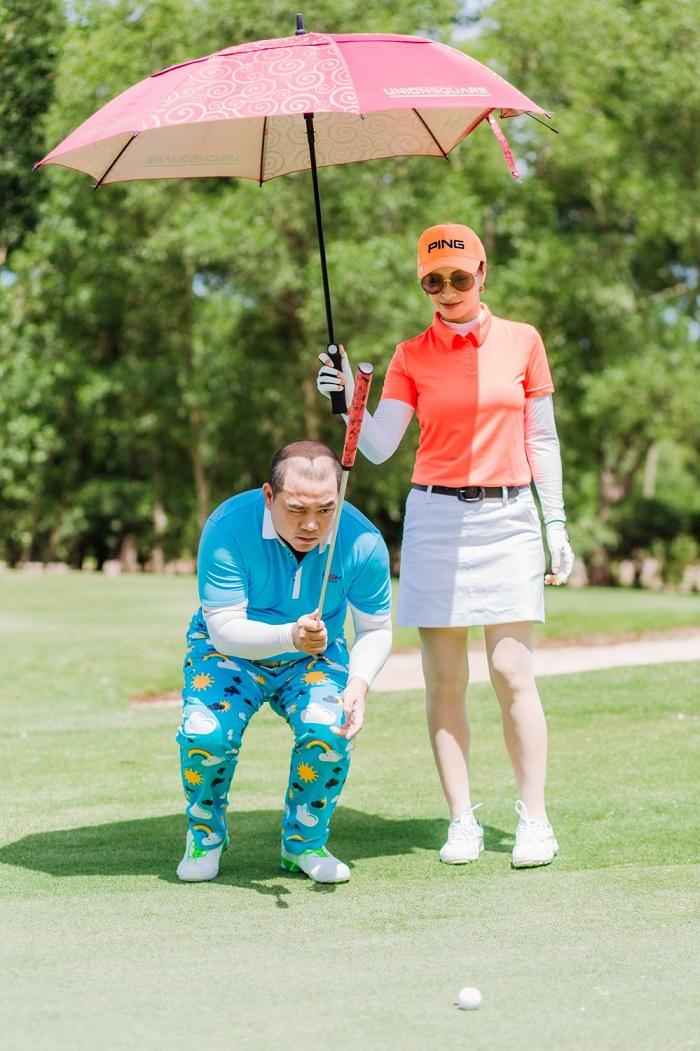 Siêu mẫu Thúy Hạnh nghiện chơi golf tới mức rủ rê đại gia đình thực hiện bộ ảnh concept chơi golf