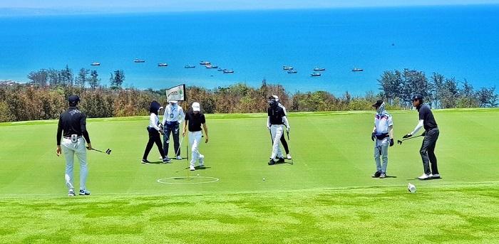 Đọc những sự thật thú vị về golf để hiểu về môn thể thao này hơn.