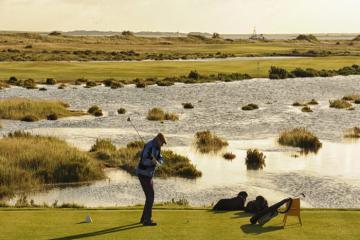 Royal West Norfolk Golf Club: Nơi thời gian như ngừng trôi trên đất Anh