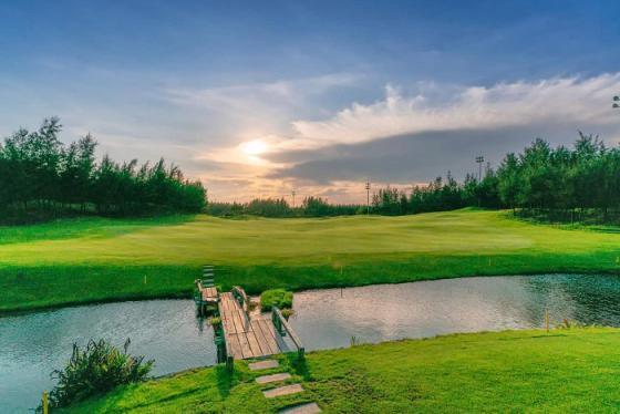 Khuyến mãi 1 vòng golf + 1 đêm FLC Sầm Sơn 5* + 01 Bữa tối chỉ từ 1,9 triệu
