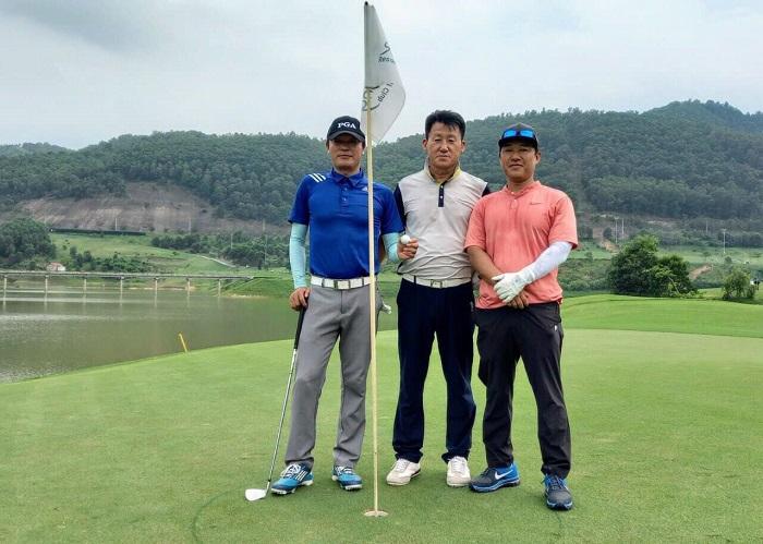 check in tại sân golf Yên Dũng Bắc Giang