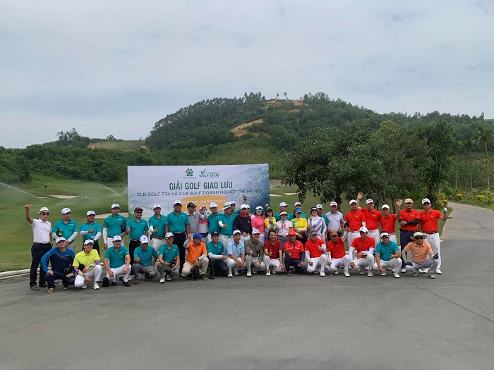 câu lạc bộ golf T74