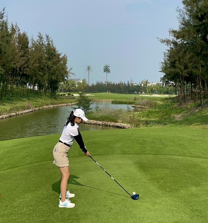 """Golfer Mai Anh và hành trình đến với golf: """"Đối với tôi golf không chỉ là môn thể thao."""""""