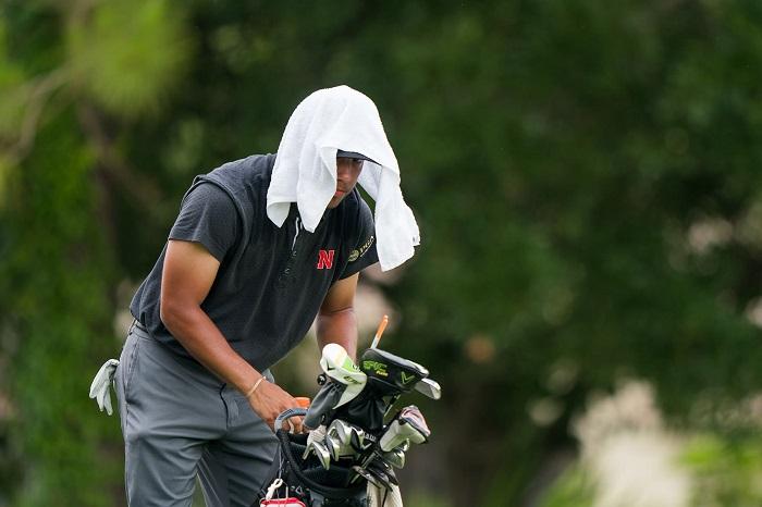 những mẹo chơi golf ngày hè mà golfer nào cũng phải nhớ kỹ