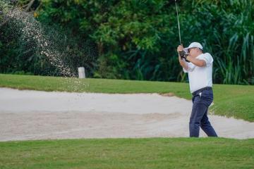 Sân golf Sky Lake có gì mà được mệnh danh là sân golf thử thách nhất Việt Nam