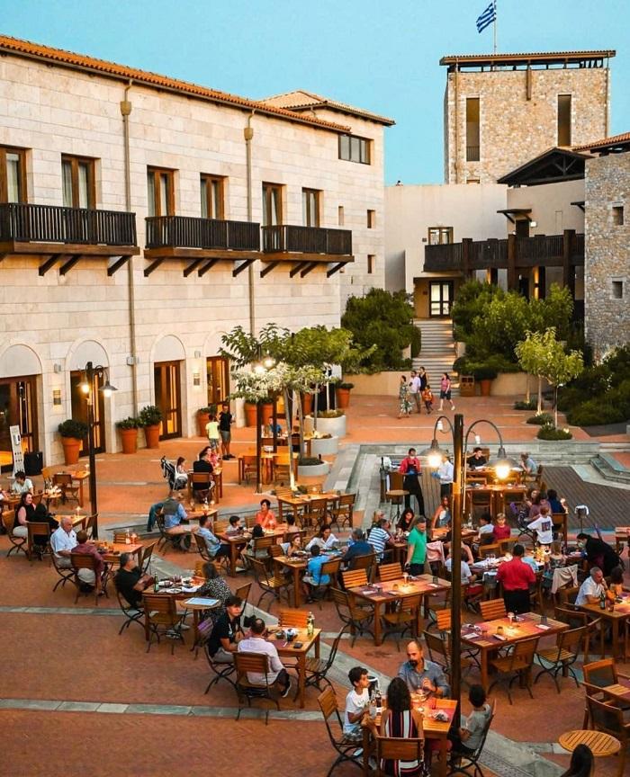 Costa Navarino golf resort, khu nghỉ dưỡng hàng đầu tại Hy Lạp