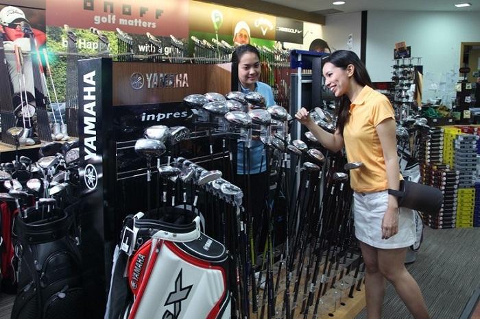 Cừa hàng chuyên nghiệp Marina Bay Golf Course Singapore