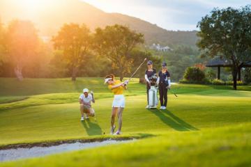 Chiêm ngưỡng vẻ đẹp của các sân golf Nha Trang sang trọng và đẳng cấp