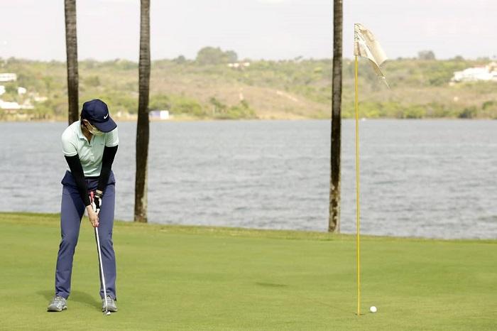Khám phá các loại gậy golf thông dụng nhất